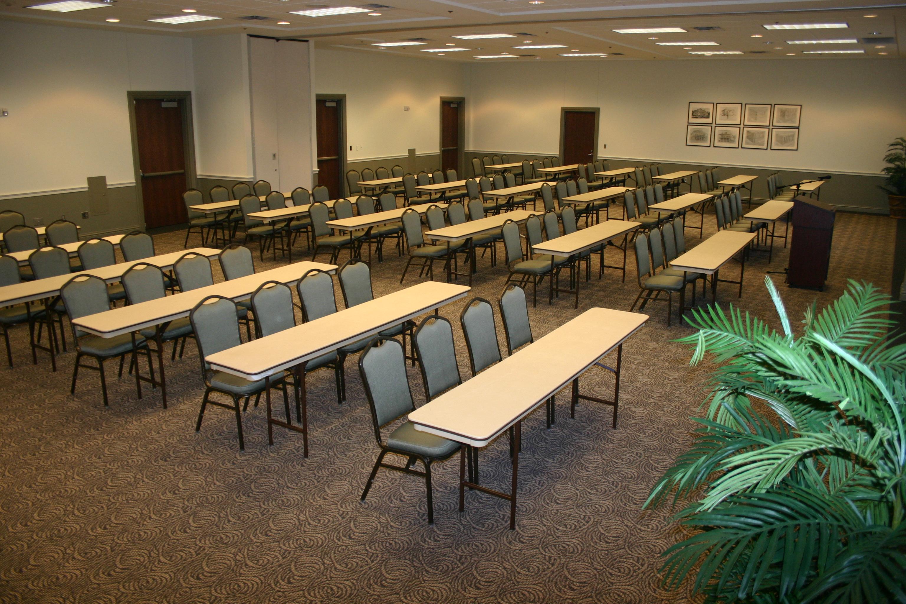 Oakland & Magnolia Rooms - Classroom Style